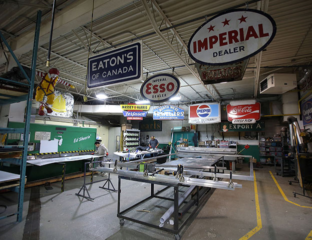 Manufacturing at SRS Signs