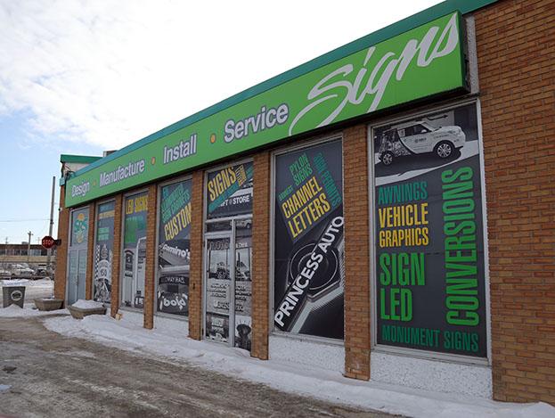 SRS Signs in Winnipeg